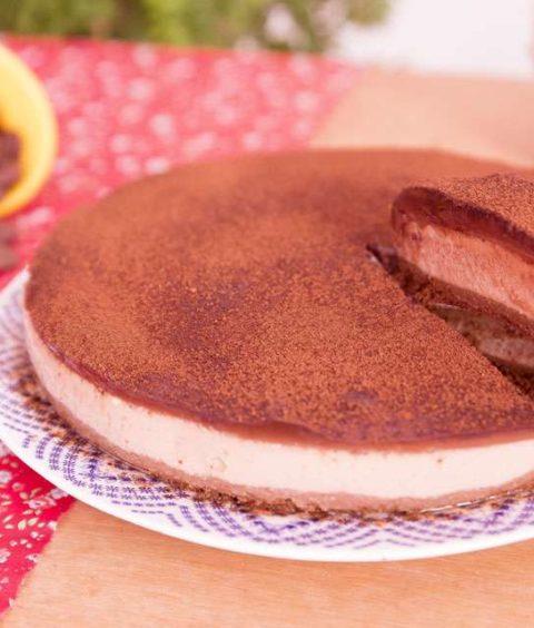 Torta de Capuccino com Chocolate Amargo